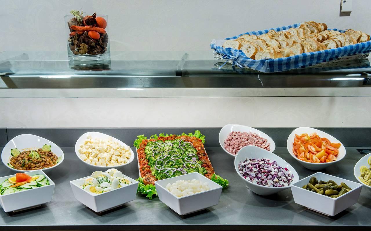 Buffet with starters, restaurant buffet Lourdes, hotel Sainte Rose