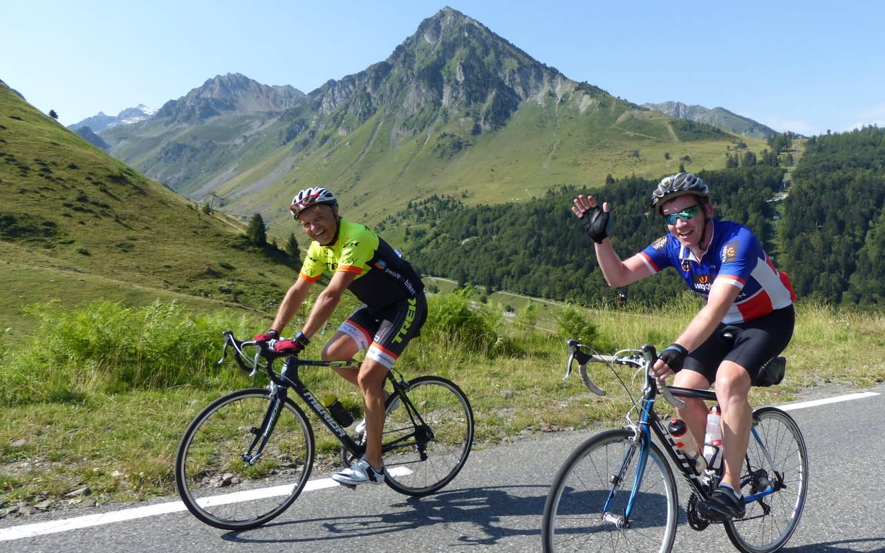 Cyclistes, cyclotourisme Occitanie, hôtel Sainte Rose