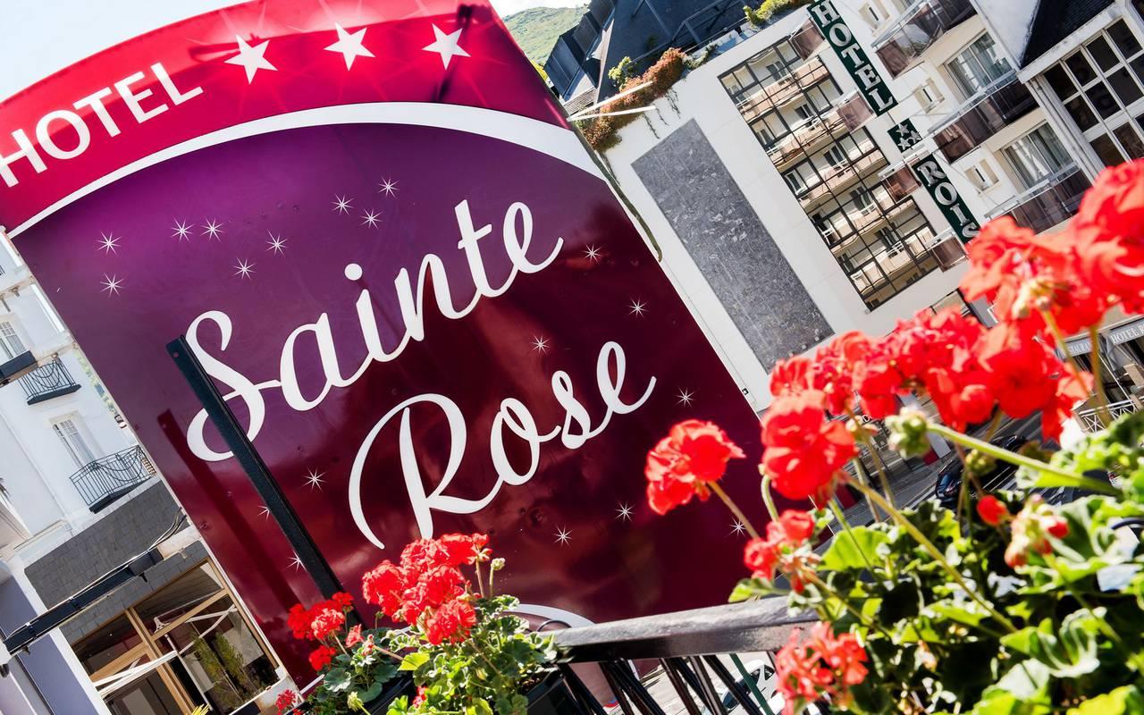 Devanture, hôtel restaurant Lourdes, hôtel Sainte Rose