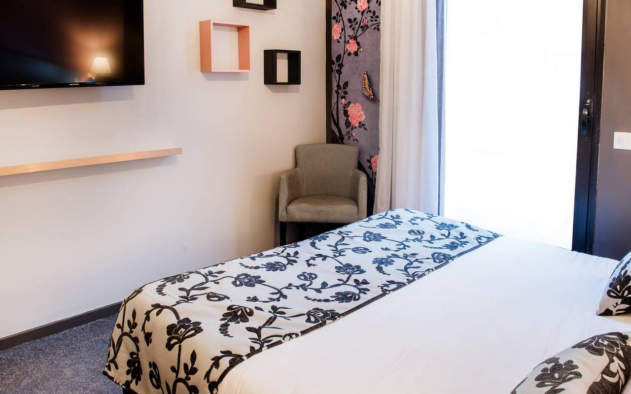 Chambre élégante, vacances Hautes Pyrénées, hôtel Sainte-Rose