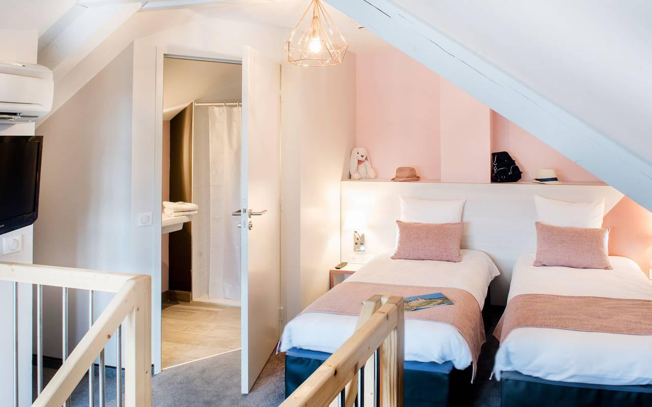 Chambre avec lits jumeaux, hôtel Pyrénées, hôtel Sainte Rose