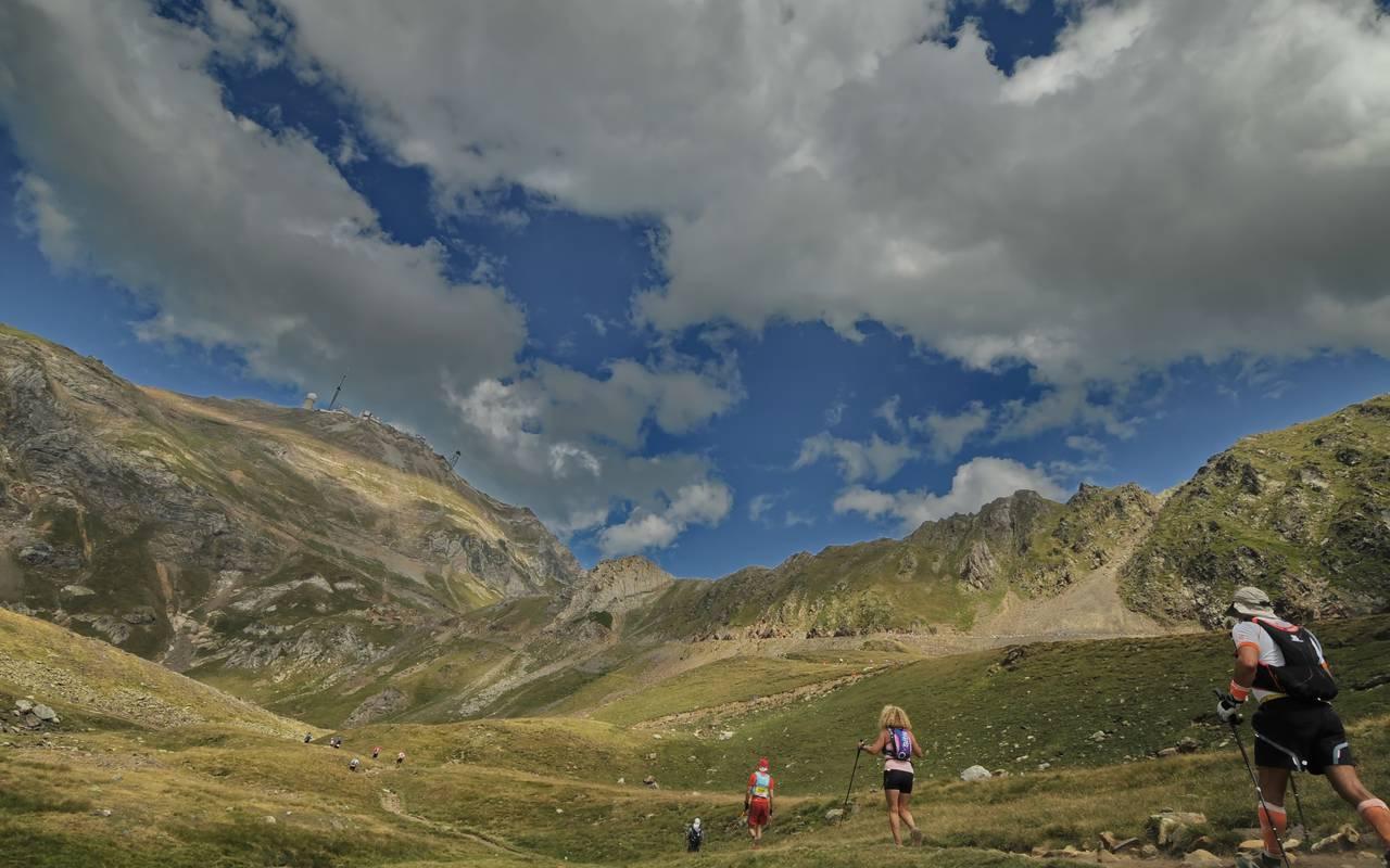 Trail, vacances montagne Pyrénées, hôtel Sainte Rose